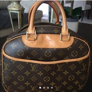 0f3bb5bb07e1 Gucci Bags | Ophidia Embroidered Small Shoulder Bag | Poshmark